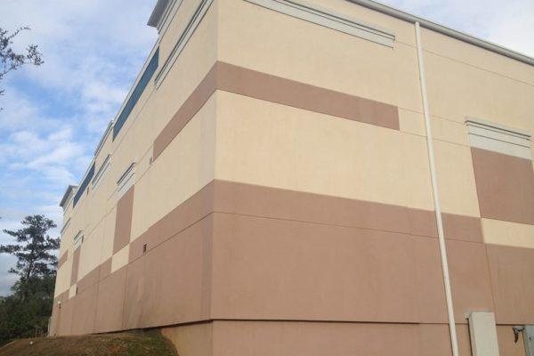 window-butler-ottawa-commercial-building-washing-stucco-after