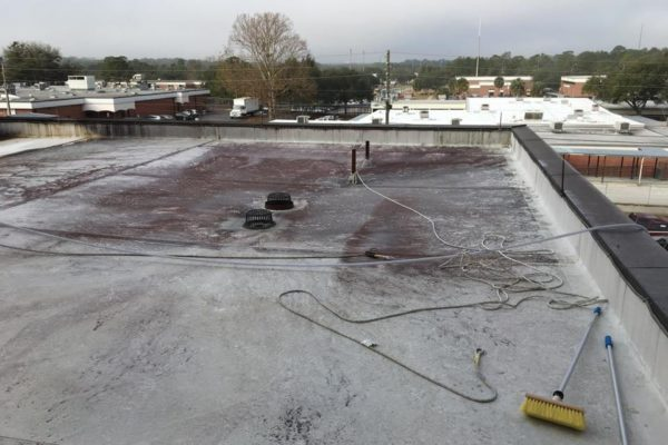 window-butler-ottawa-commercial-roof-washing-before